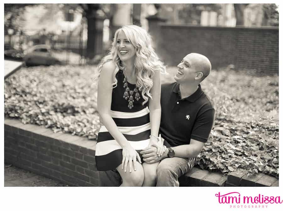 Kelly_Dan_Independence_Hall_Old_City_Philadelphia_Engagement_Photography-0003