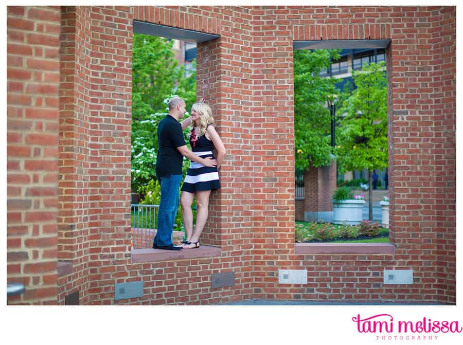 Kelly_Dan_Independence_Hall_Old_City_Philadelphia_Engagement_Photography-0012