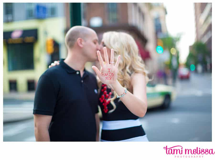 Kelly_Dan_Independence_Hall_Old_City_Philadelphia_Engagement_Photography-0017