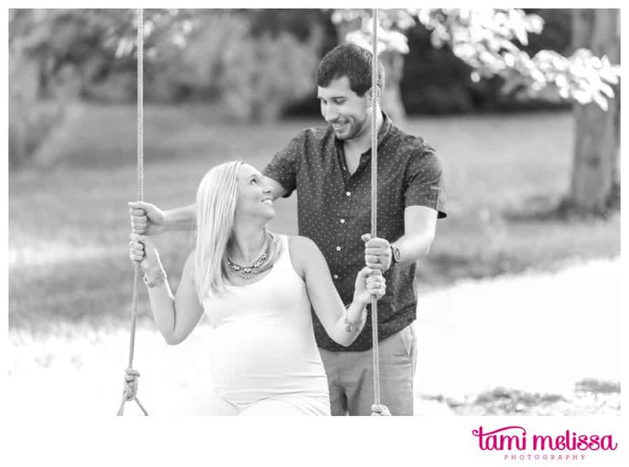 Abby-Justin-Swarthmore-College-Maternity-Baby-Bump-Philadelphia-Photographer-0011