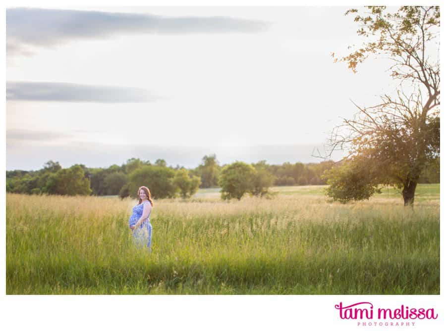 Megan-Keith-Baby-Bump-Norristown-Farm-Park-Maternity-Photography-0015