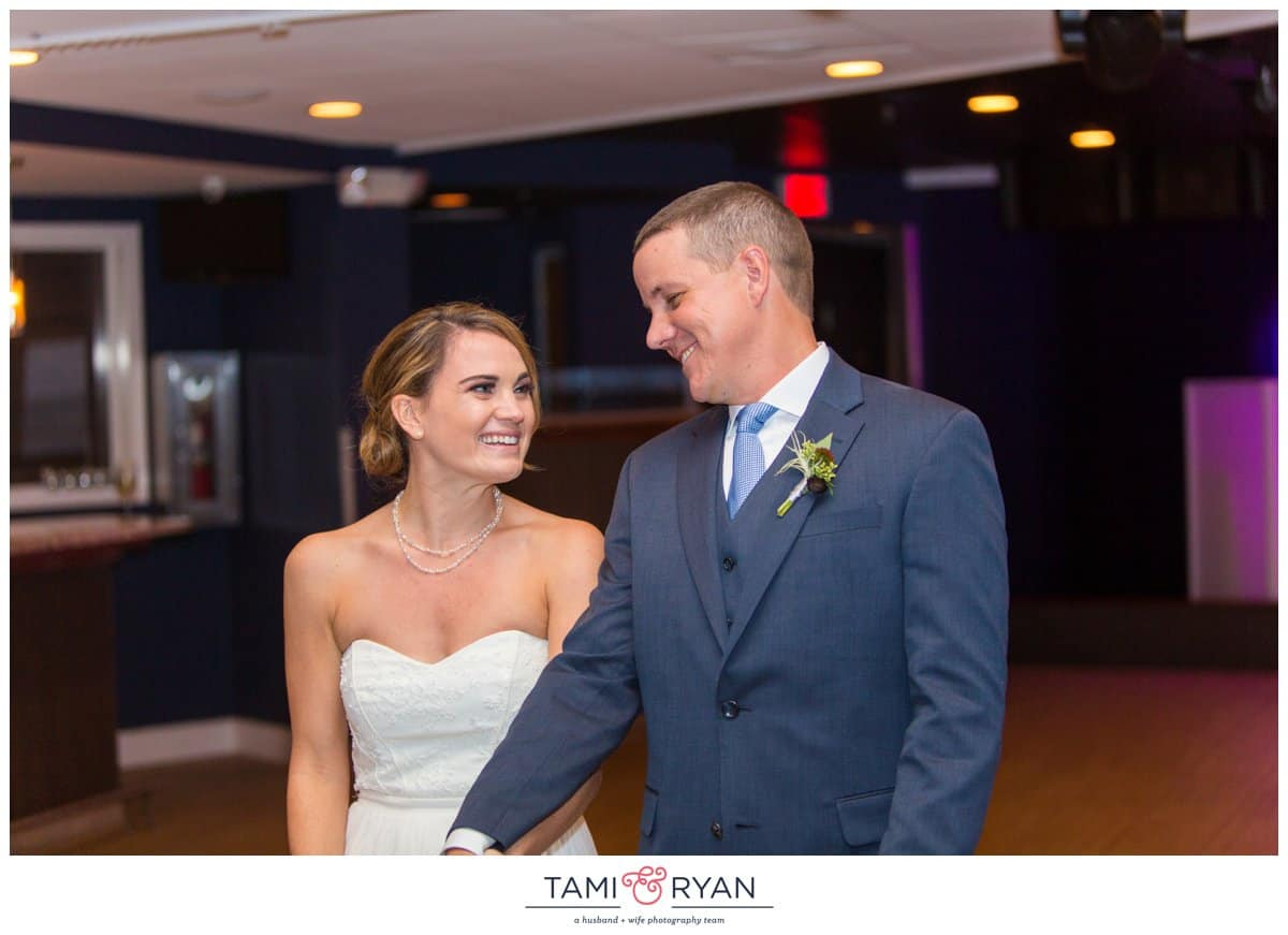Jenna-Jon-Windrift-Hotel-Avalon-Beach-New-Jersey-Shore-Wedding-Photographer-0076