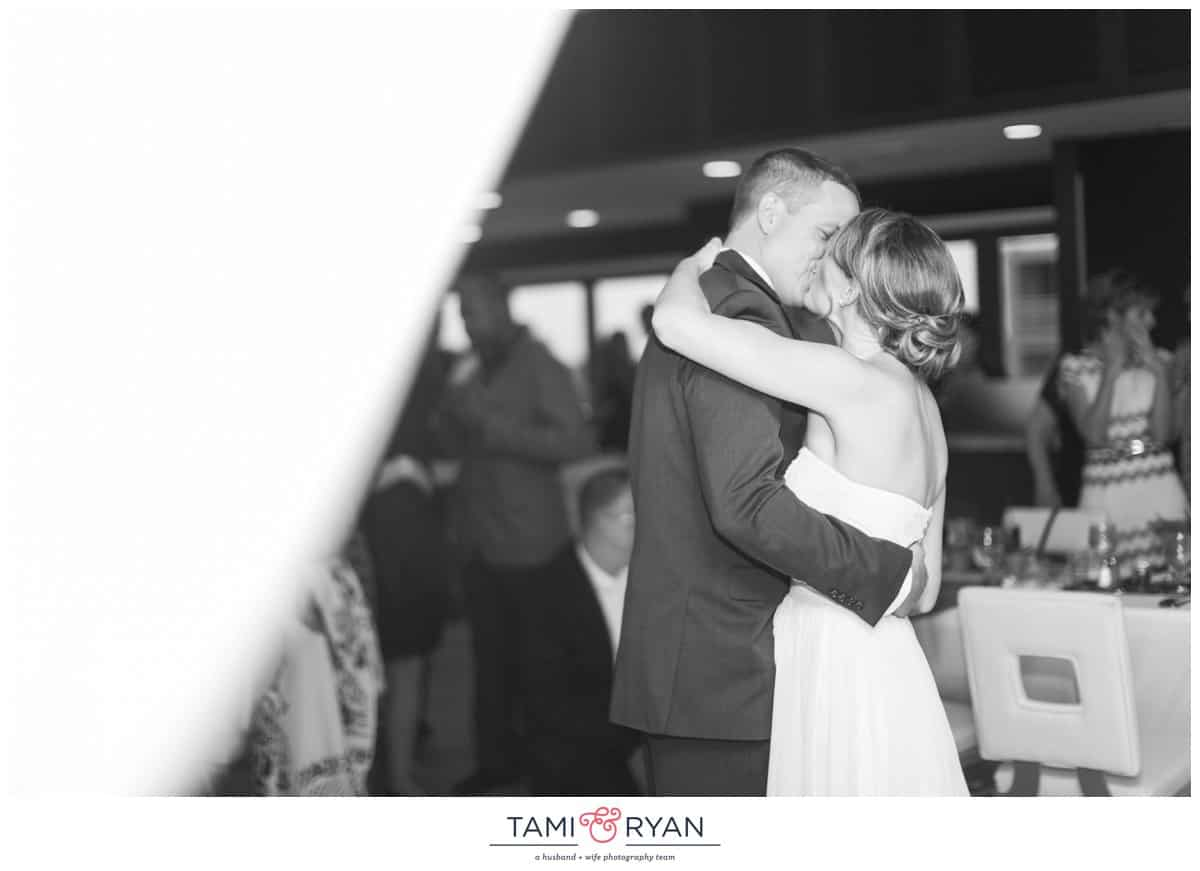 Jenna-Jon-Windrift-Hotel-Avalon-Beach-New-Jersey-Shore-Wedding-Photographer-0079