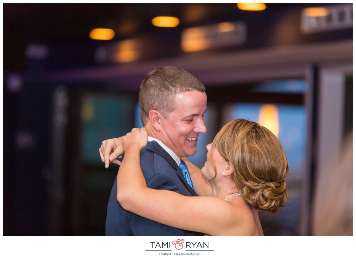 Jenna-Jon-Windrift-Hotel-Avalon-Beach-New-Jersey-Shore-Wedding-Photographer-0081