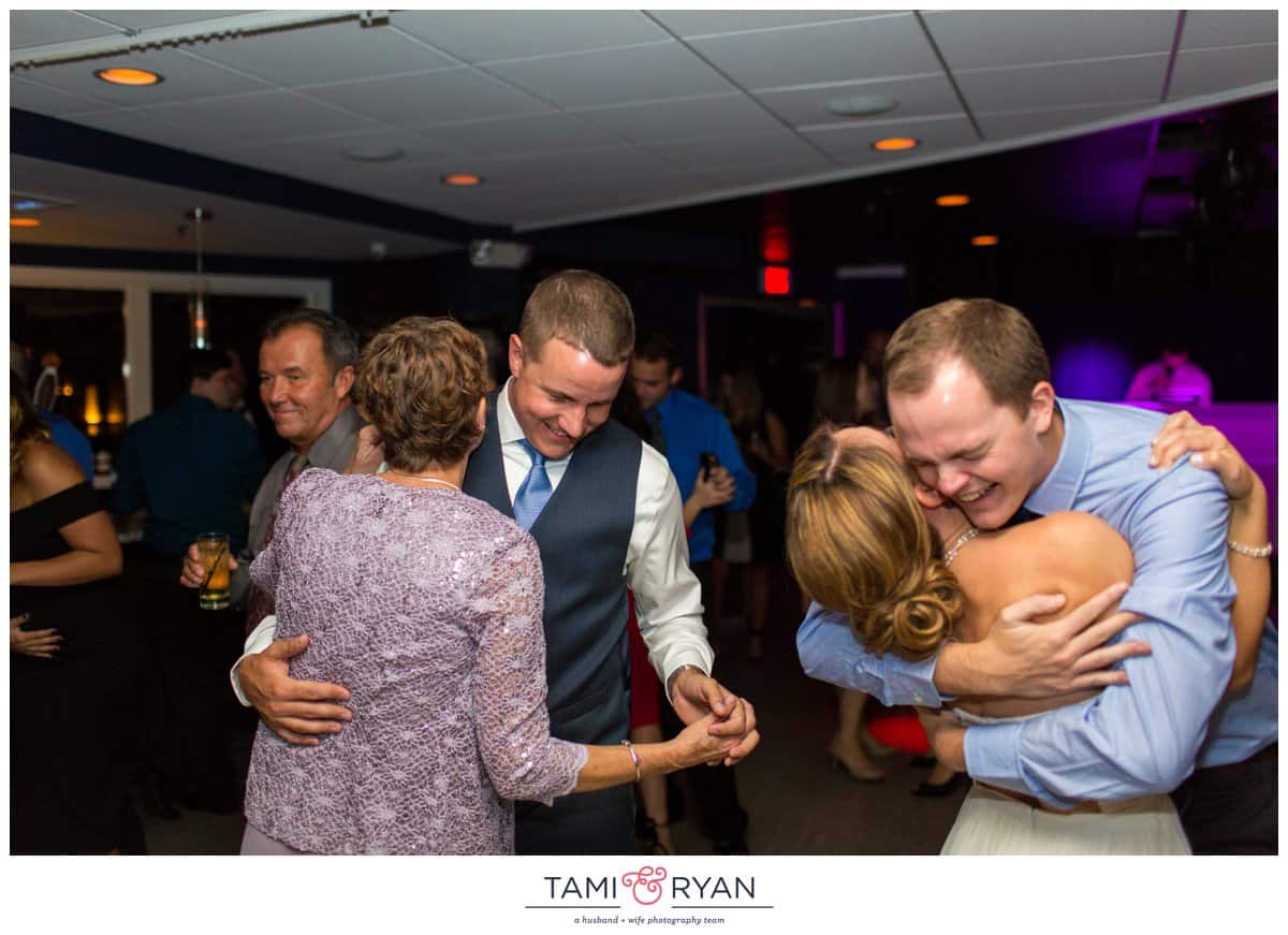 Jenna-Jon-Windrift-Hotel-Avalon-Beach-New-Jersey-Shore-Wedding-Photographer-0094