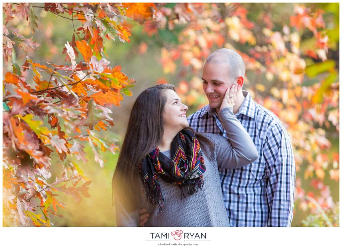 Stephanie-Rick-Washington-Lake-Park-Engagement-Photography-0011