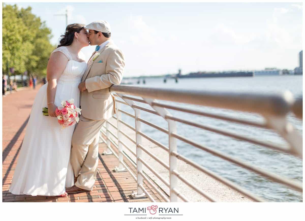 Bridget-Matt-Camden-Adventure-Aquarium-Philadelphia-Wedding-Photographer-0025