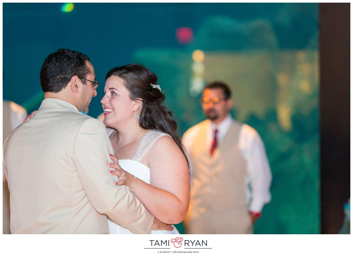 Bridget-Matt-Camden-Adventure-Aquarium-Philadelphia-Wedding-Photographer-0042
