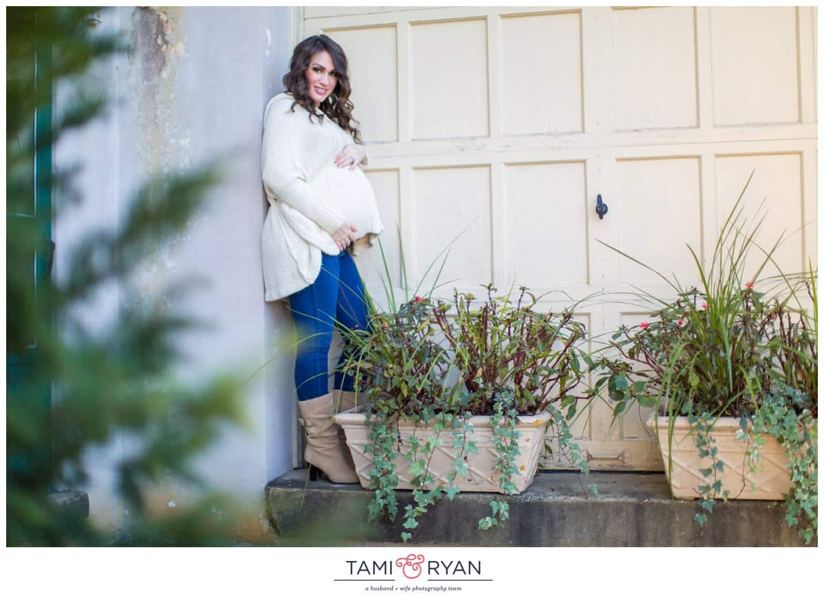 Amanda-Darryl-Baby-Bump-Maternity-Downtown-Haddonfield--New-Jersey-Photographer-0016