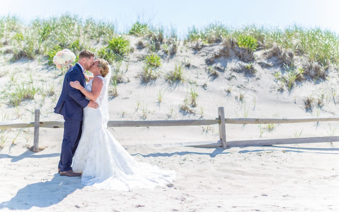 An Unforgettable Beach Wedding at The Windrift Hotel | Kristin & Jim