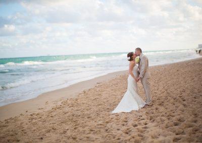 Danielle_Jeff_Pelican_Grand_Florida_Destination_Wedding_Photography-0063