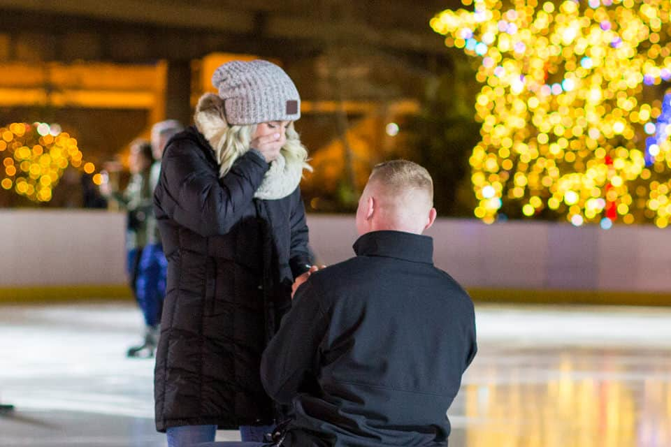Giovanni-Carol-Philadelphia-River-Rink-Surprise-Proposal-Engagement-Photography-0028