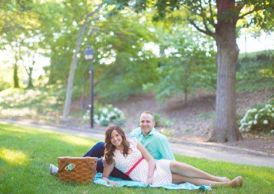 Laura-Joe-Franklin-Square-Park-Philadelphia-Rooftop-Engagement-Photography-0011