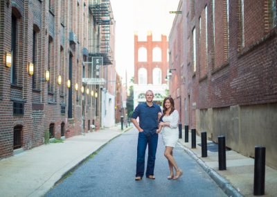Laura-Joe-Franklin-Square-Park-Philadelphia-Rooftop-Engagement-Photography-0022