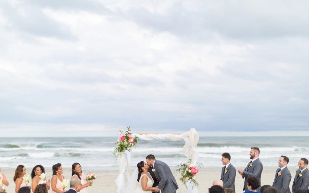 A Beach Wedding at the Windrift Hotel | Michelle & Stephen