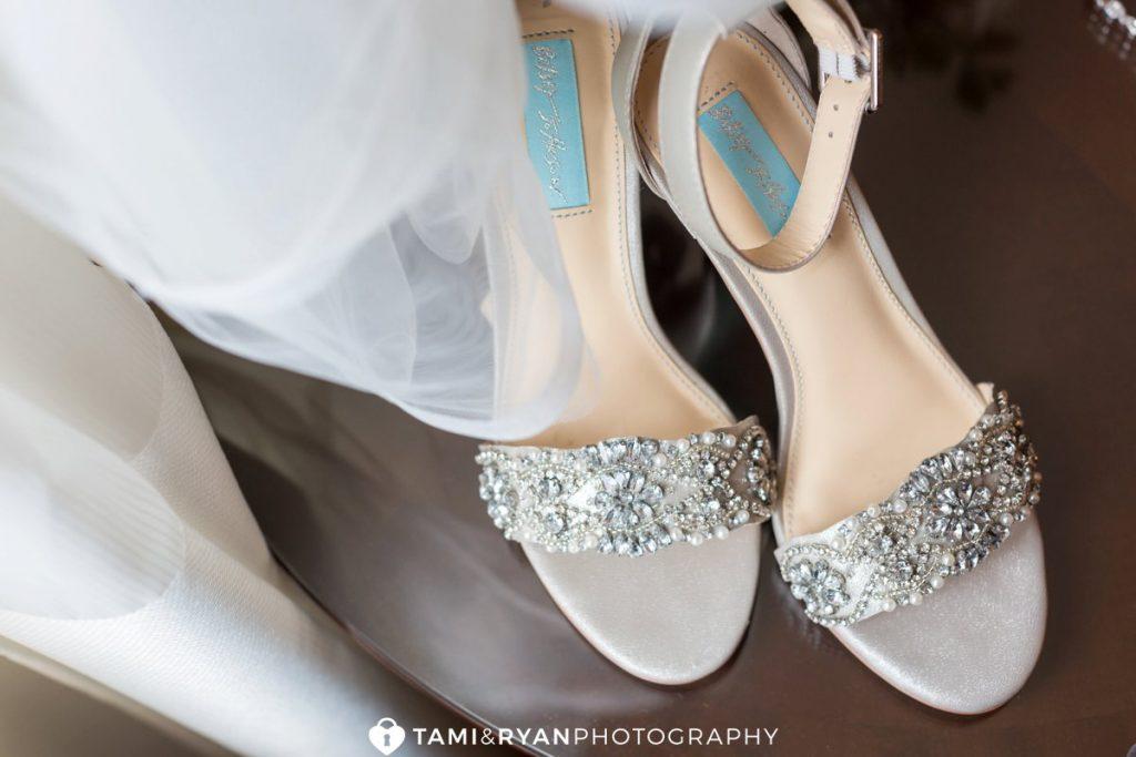 bride betsy johnson shoes