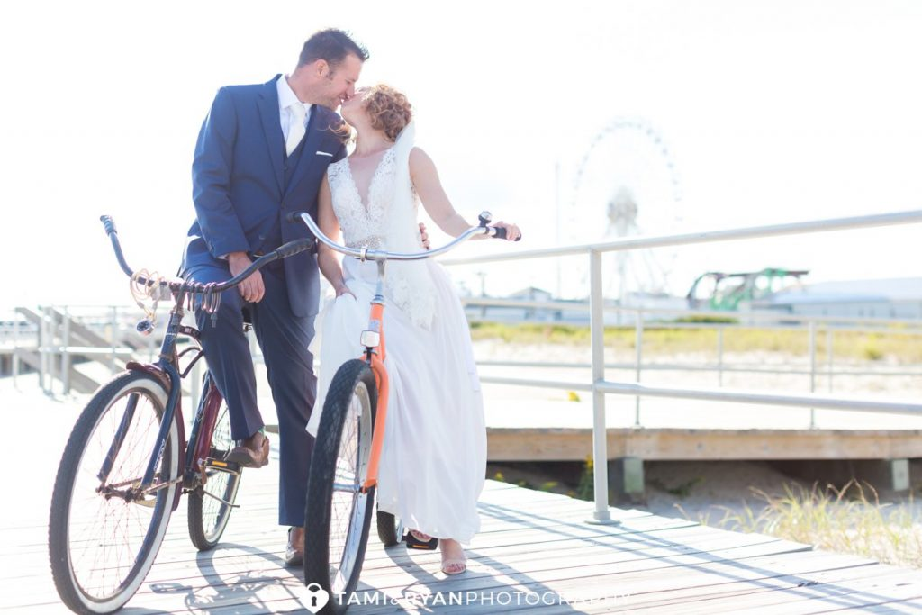 bride groom bicycle wedding