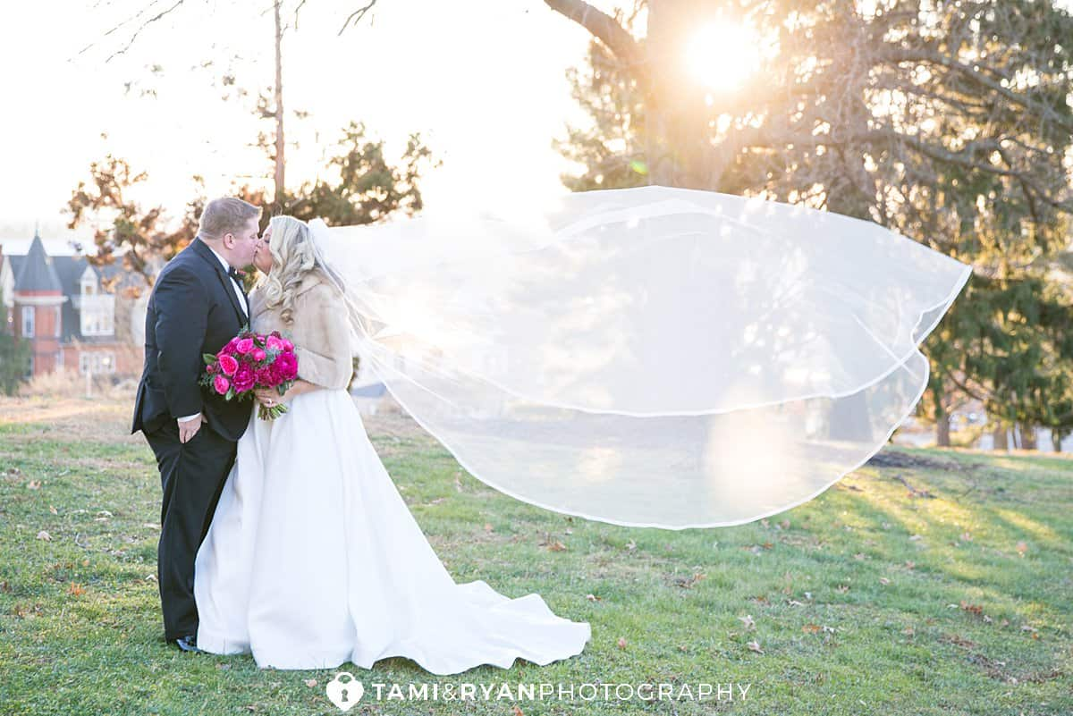 bride groom sunset wedding portraits