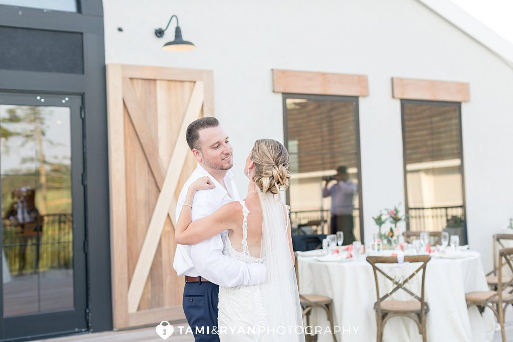 renault winery micro wedding reception