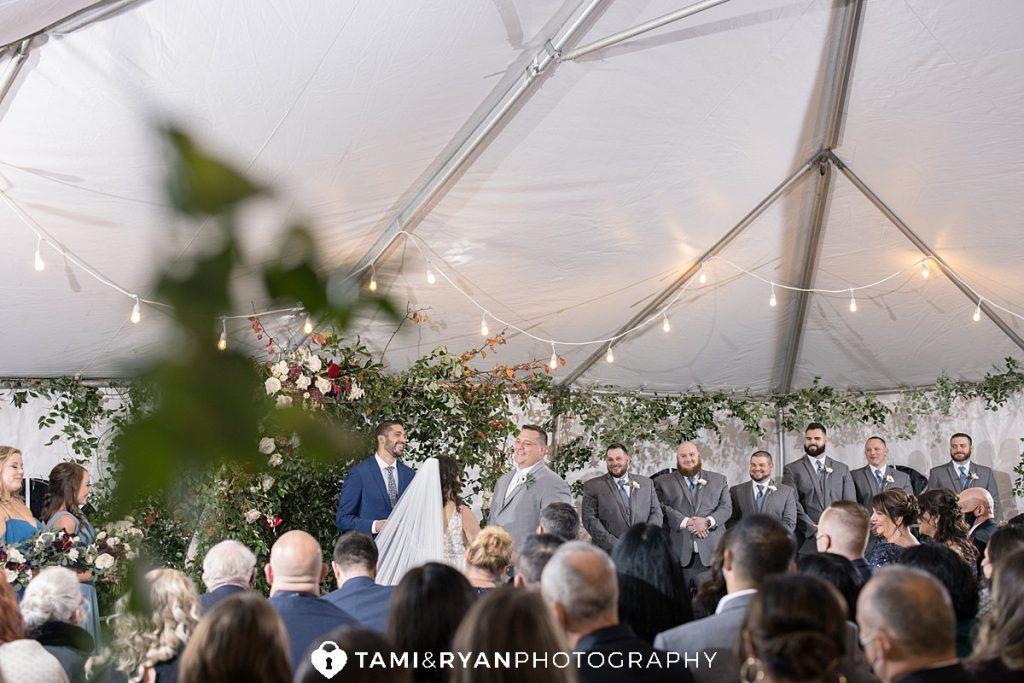 wedding ceremony willow creek winery