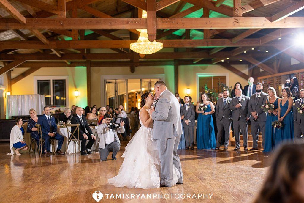bride groom first dance willow creek winery
